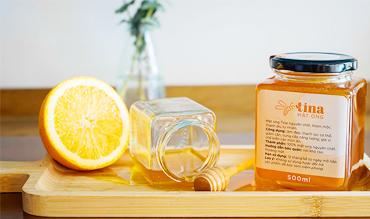 Thực tế 1 lít mật ong bằng bao nhiêu kg?